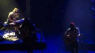 Angus & Julia Stone - Draw Your Swords Live