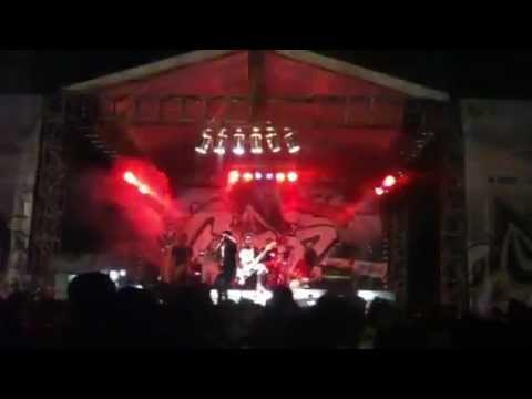 Modern Guns feat ALDY from Pee Wee Gaskins Live at Jakcloth (part1)