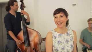 Fiva & Das Phantom Orchester   Dein Lächeln Verdreht Köpfe