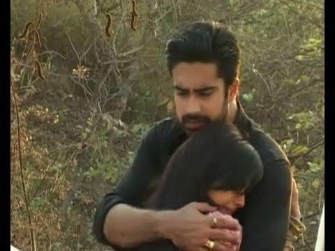 Iss Pyaar Ko Kya Naam Doon : Shlok saves Aastha - Bollywood Country Videos