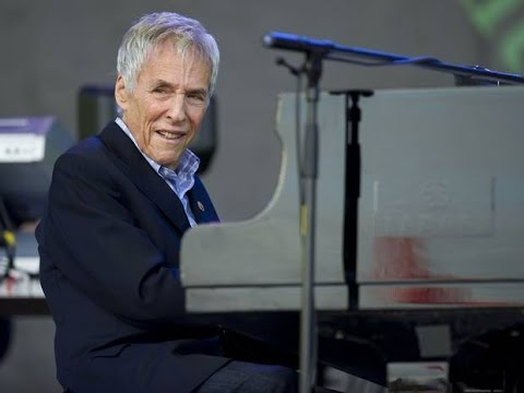 Burt Bacharach feat. Josie James - Anyone Who Had A Heart [Live at Glastonbury 2015]