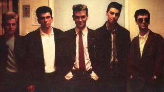 The Smiths - 09 There is a light that never goes out LIVE - Toronto 1986
