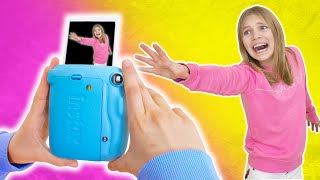 Amelia and Avelina pretend play Instant Camera fun - No escape!