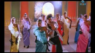 Paala Bugga  Song Lyrics from Gang Leader  - Chiranjeevi