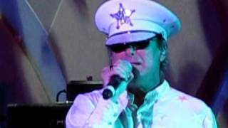 Cheap Trick - She's Leaving Home