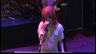 Gambar cover Paramore - My Heart Live (Anaheim)