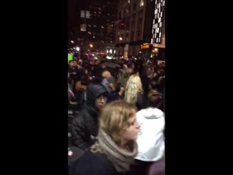 #NotMyPresident: Διαδηλώσεις στη Ν. Υόρκη κατά της εκλογής Τραμπ