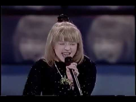 [Full] Christina Aguilera - Sunday Kind Of Love (Etta James Song) at Star Search (1990)