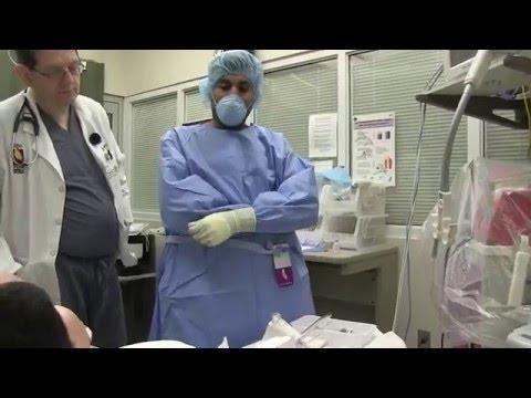 Rykov tworzywa sztucznego powiększania piersi chirurg