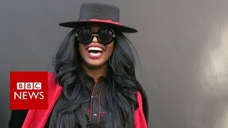 London Fashion Week: What people really wear?- BBC News