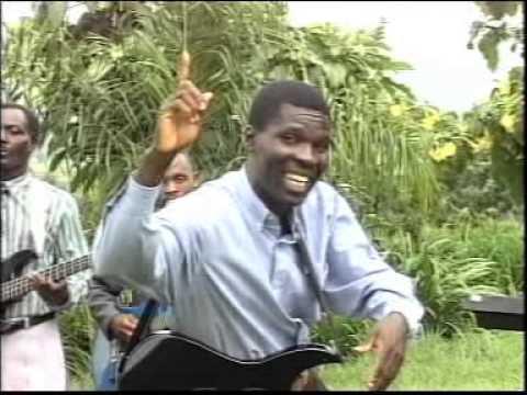 Mapigano Uliyankulu Kwaya Siku Ya Kutaabika Official Video