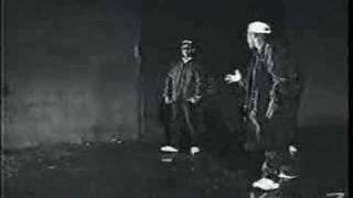 Alwayz Into Somethin' - N.W.A. (Video)