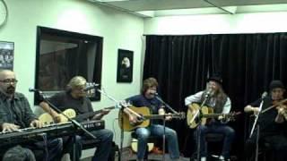 Doobie Brothers-Black Water (acoustic)