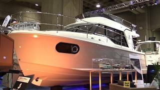 2017 Beneteau Swift Trawler 30 - Walkaround - 2017 Montreal Boat Show