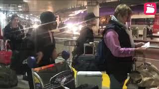 翻摄自香港苹果娱乐【黄心颖『安心事件』后首度露面!】现身在洛杉矶机场,被媒体追问一问三不答!