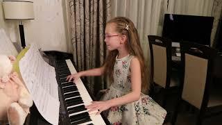 СИНЯЯ ВЕЧНОСТЬ (О, МОРЕ, МОРЕ! /М.Магамаев)  -  Виктория Старикова - 9 лет