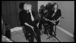 Gambar cover Jocelyn Alice- Little Devil (Live)