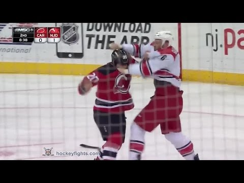 Jordin Tootoo vs. Tim Gleason