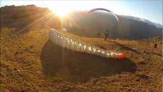 preview picture of video 'Parapente al atardecer en el valle de Lozoya.'