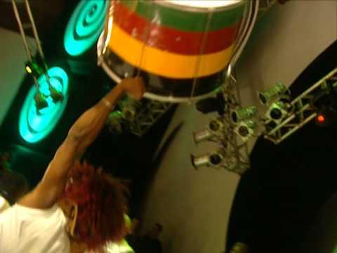 Ouvir Reggae Tchan