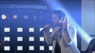 Darin - Microphone [Idol 2014 Grand Finale Opening Performance]