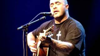 "Aaron Lewis Acoustic Solo - ""Outside"""