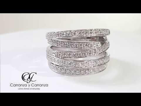 Anillo CyC Coleccion Meghan Listón con diamantes en oro blanco 18k