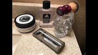 Adidas Pulse Aftershave, Gillette Sensor Excel, Wolf Whiskers Brush, Skullbuster Soaps.