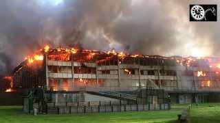 preview picture of video 'La piscine de Valenciennes victime d'un violent incendie 17/09/2014'
