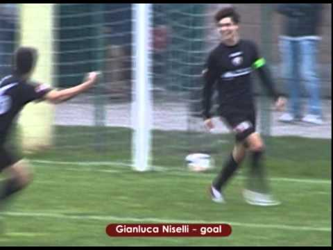 Preview video ALBIGNASEGO - SACRA FAMIGLIA 3-3 (Juniores Regionali 08.11.2014)