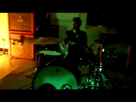 "OCOAI - ""Le Demon sur la colline"" (the attack) live at Fahrenheit studio in johnson city tn (part 2)"