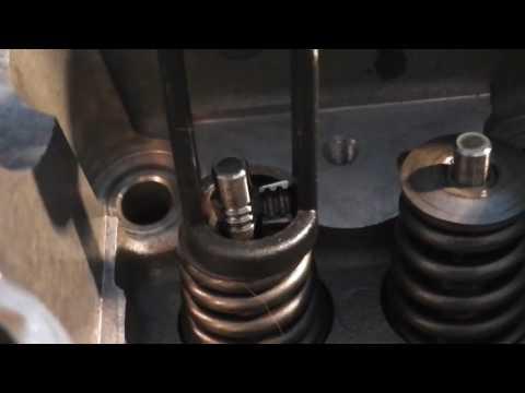 Zylinderkopf - Ventile aus und einbauen mit Ventilfederspanner