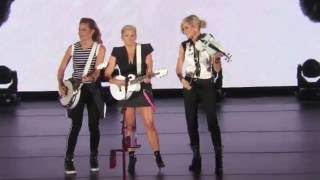 Dixie Chicks at the Hollywood Bowl   Truth No  2  Oct. 10, 2016