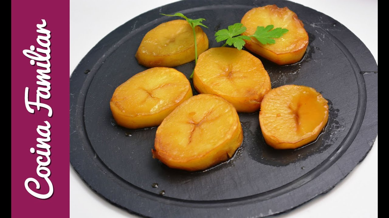 Patatas asadas con caldo de carne | Javier Romero
