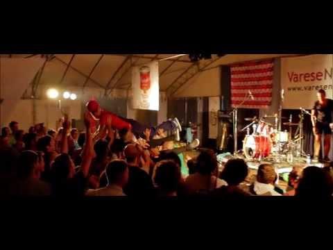 Il concerto dei Pay ad Anche IO, la festa di VareseNews