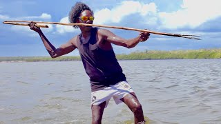 Ep.2 'Night Spear'. Aboriginal Hunting & Spearfishing in Remote Australia - FISHING THE WILD NT