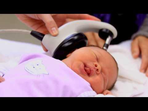 Der Hörtest beim Neugeborenen