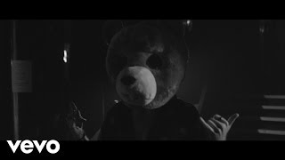 Eliza And The Bear   It Gets Cold   Live