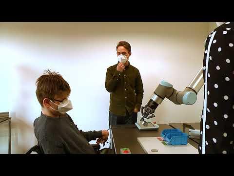 Erste Mensch-Roboter-Begegnung