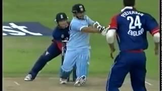 England v India 2007 - 4th ODI - Old Trafford - Highlights