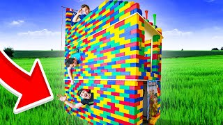 LAST TO LEAVE 3 STORY LEGO HOUSE, KEEPS IT!