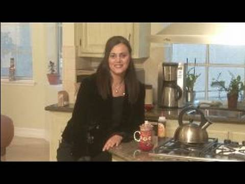 Video Holiday Spa: Herbal Remedies and Gifts : How to Make Thyme Tea