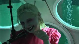Alice On The Roof    Malade + How Long (live Underwater Nemo 33)