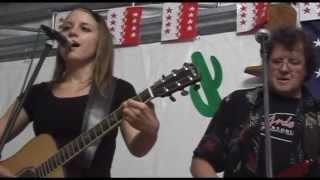 Paul Mac Bonvin & Priscilla - Everybody Knows
