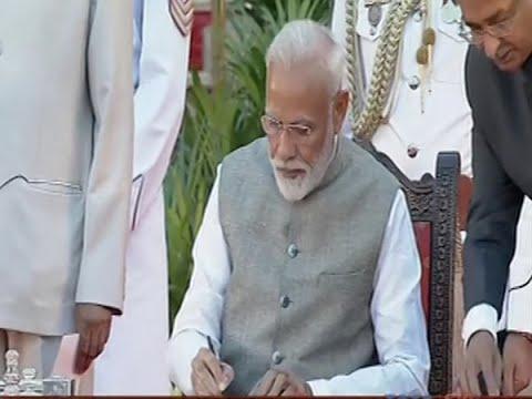 पीएम मोदी समेत 58 मंत्रियों ने ली शपथ, 24 कैबिनेट मंत्री, 9 स्वतंत्र प्रभार और 24 राज्य मंत्री बने
