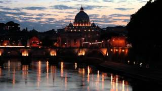 preview picture of video 'Telephoto view of San Pietro in Vatican City'