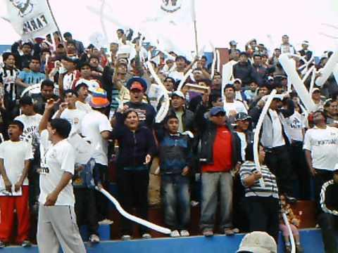 """""""WALTER ORMEÑO - LA BARRA DEL WALTER ORMEÑO.AVI"""" Barra: Los Leones Blancos • Club: Walter Ormeño"""