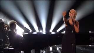 A Great Big World & Christina Aguilera - Say Something @ 2013 American Music Awards (HD)