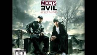 Eminem And Royce Da 5′9 - Above The Law (HQ+Lyrics)