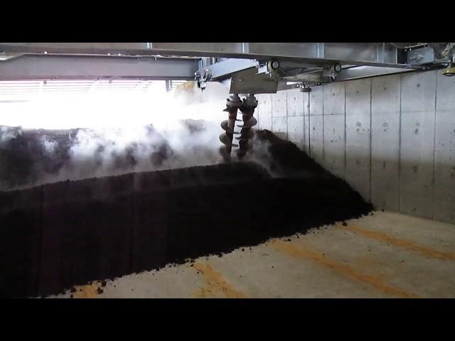 スクリュー式撹拌発酵機